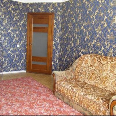 Сдам на длительный срок квартиру с хорошим ремонтом, част...