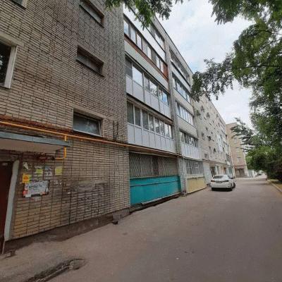 Продам трехкомнатную квартиру в центре города, 3 минуты х...