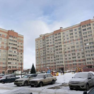 Крупногабаритная двухкомнатная квартира в северной части ...